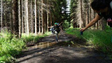 Skok přes kaluž